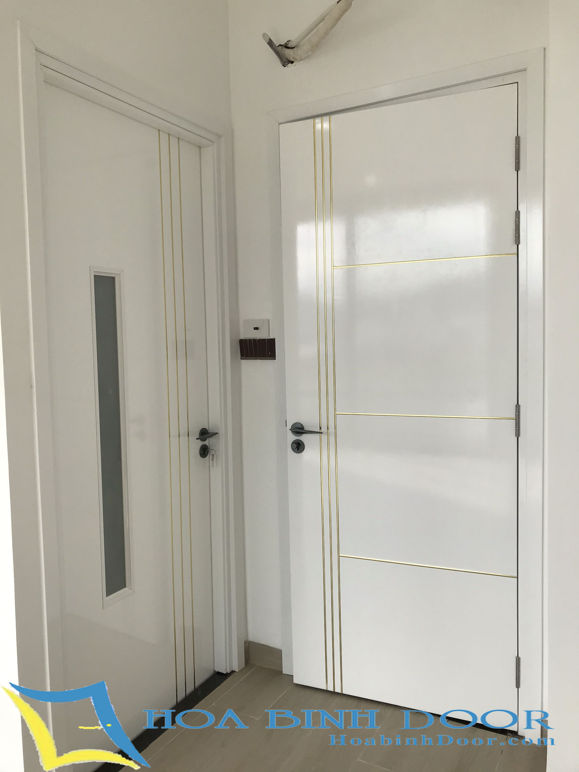 cửa composite sơn pu