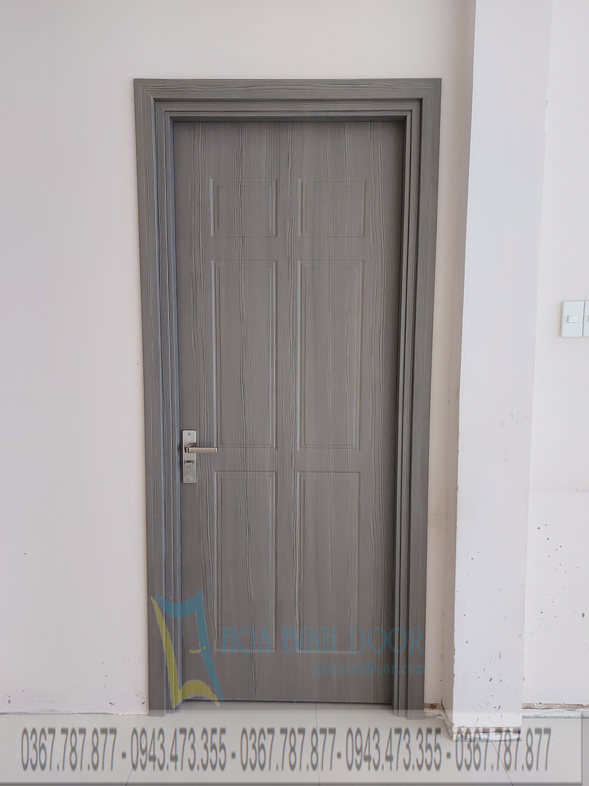 cửa nhựa composite phủ da