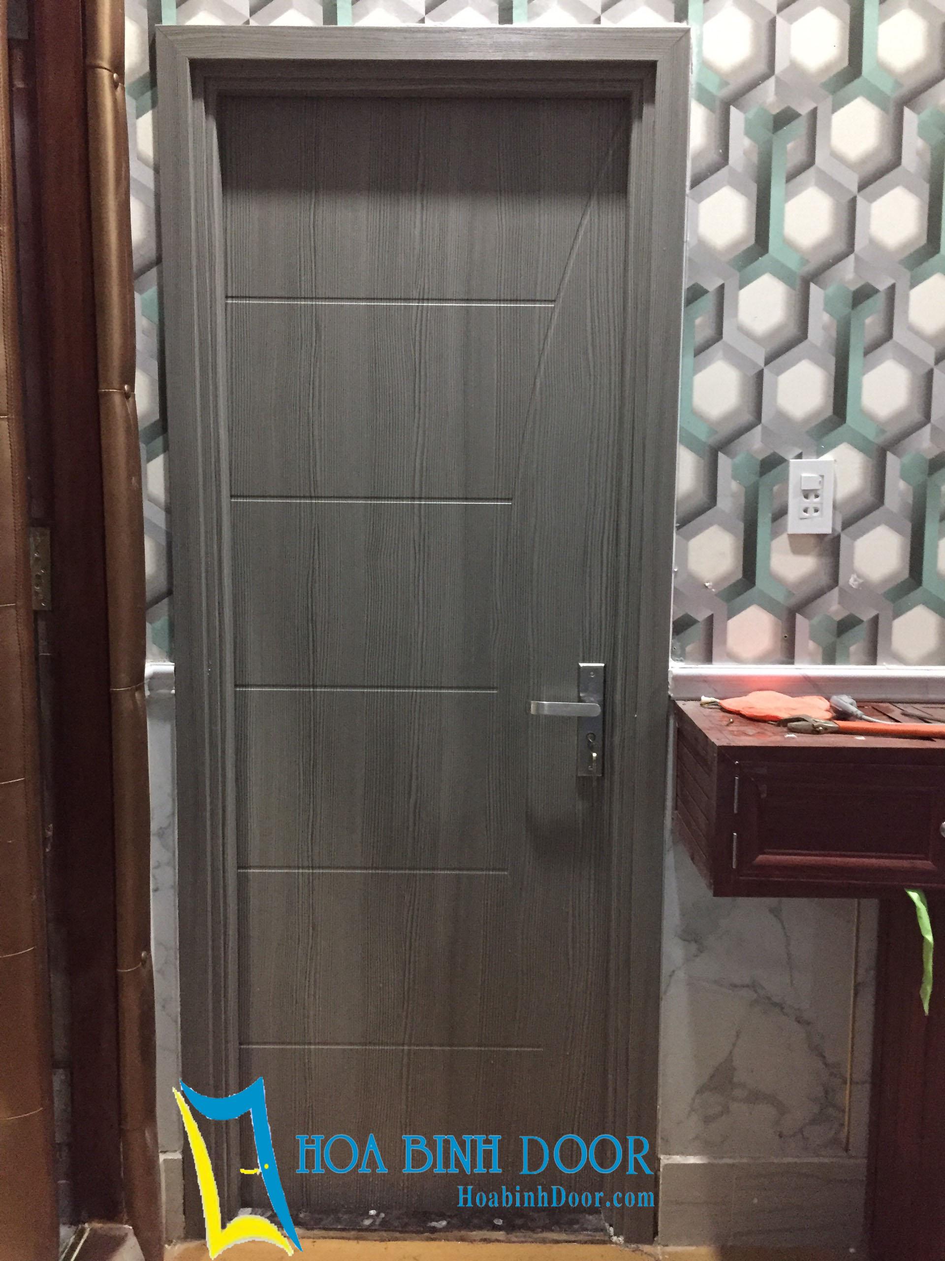 Cửa nhà vệ sinh giả gỗ   cửa nhựa giá rẻ chỉ từ 1,700,000-3,000,000/Bộ